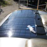 2 x 75 watt FlexLight solceller installeret på campingvogn